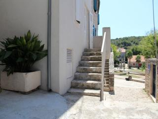 Holiday house in historic centre - Hamulovica - Zlarin Island vacation rentals