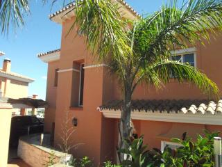luxury 4 Bed Detached Villa Pool Mijas Fuengirola. - Mijas vacation rentals