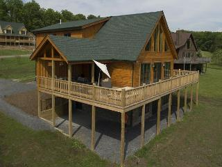 Stunning newly built log home on Fantasy Valley Golf Course - McHenry vacation rentals