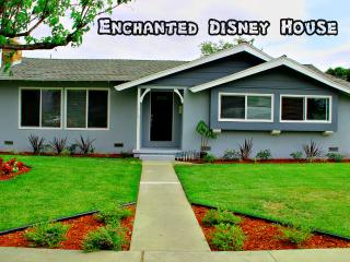 Affordable Luxury House Just Steps To Disneyland! - Anaheim vacation rentals