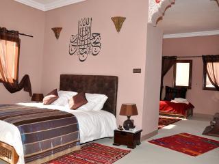 Bright 8 bedroom Guest house in El Kelaa M'gouna - El Kelaa M'gouna vacation rentals