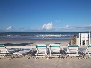 2/2 Ocean View 3 night min, No Drive Beach! - New Smyrna Beach vacation rentals