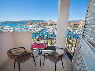 Rooms Nada - Twin Room with Balcony and Sea View 1 - Tivat vacation rentals