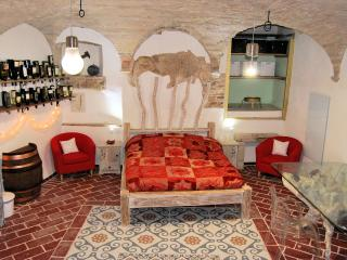 Oenological suite in Trevi's historical center - Trevi vacation rentals