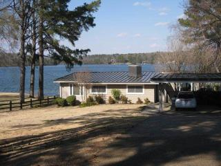 4 bedroom House with Waterfront in Hot Springs - Hot Springs vacation rentals