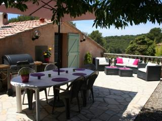 Appart 65 m2 Terrasse Proche Mer Wifi Clim Parking - Sanary-sur-Mer vacation rentals