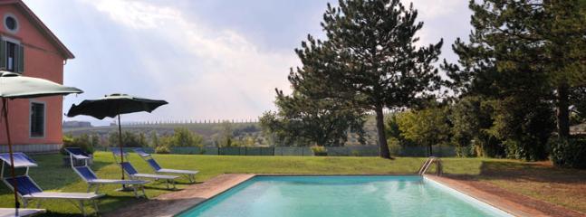 villa augusta - Image 1 - San Venanzo - rentals