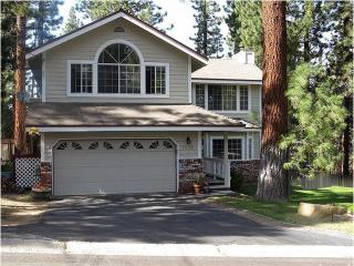 Large Luxury Home near Heavenly, Jacuzzi, Pool Tb - South Lake Tahoe vacation rentals