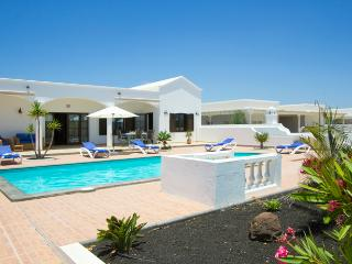 Charming Tenerife Villa rental with Grill - Tenerife vacation rentals