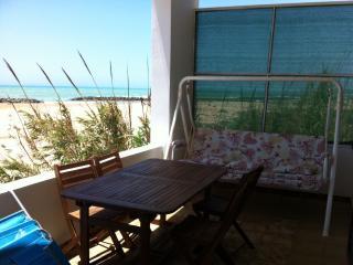 Casa sulla spiaggia zona Donnalucata nel territorio del Commissario Montalbano - Donnalucata vacation rentals