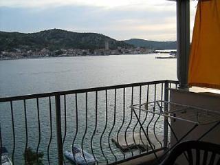 Romantic 1 bedroom Condo in Tisno - Tisno vacation rentals