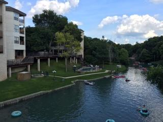 Inverness Condos Comal River New Braunfels Texas - New Braunfels vacation rentals