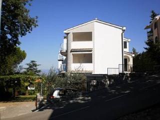 5281  A1 (4) - Njivice - Njivice vacation rentals