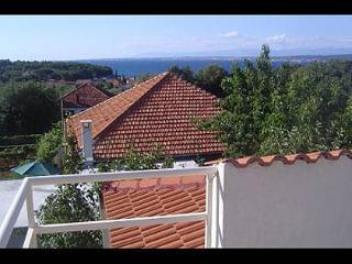 Bright 3 bedroom Zdrelac Apartment with Internet Access - Zdrelac vacation rentals