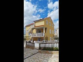 Romantic 1 bedroom Gornji Karin Apartment with Internet Access - Gornji Karin vacation rentals