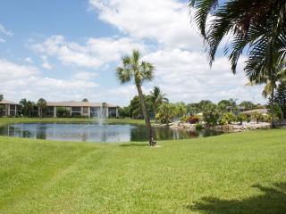 Beautiful 2 Bedroom Condo Near Sanibel Island - Fort Myers vacation rentals