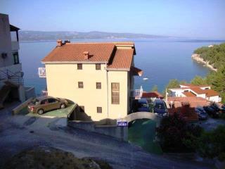 36239  R2(2+2) - Stanici - Stanici vacation rentals