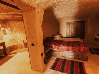 Ortahisar Cave Suites 1 double ensuite cave room - Urgup vacation rentals
