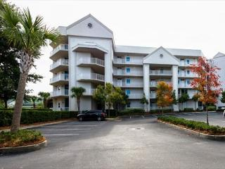 Gorgeous Condo with Deck and Internet Access - Orange Beach vacation rentals