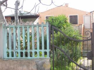 Torre di Bari, Domus Crisponi. - Bari Sardo vacation rentals