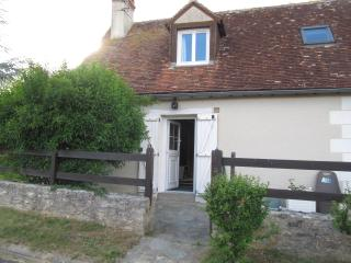 Romantic 1 bedroom Gite in Chedigny with Internet Access - Chedigny vacation rentals