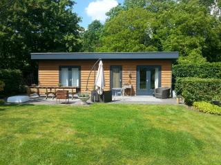 Natuurpark Watervliet Fairy-like cottage - Kortgene vacation rentals