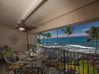 Oceanfront Top Floor Condo with Stunning View! - Kailua-Kona vacation rentals