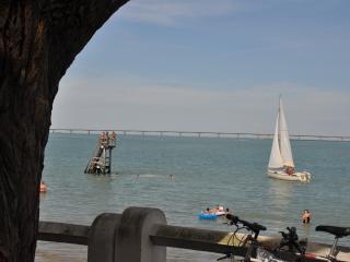 Le Plongeoir appartement face à la mer 2/3 pers - Saint-Trojan les Bains vacation rentals