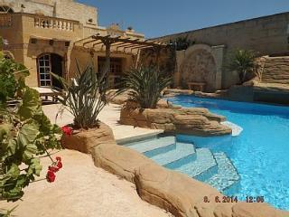 Penmon - Gharb vacation rentals