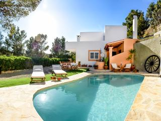 4 bedroom Finca with Internet Access in Sant Vicent de sa Cala - Sant Vicent de sa Cala vacation rentals