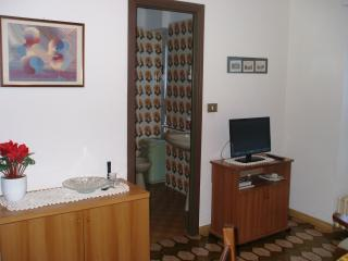 1 bedroom Apartment with Central Heating in Lanzo d'Intelvi - Lanzo d'Intelvi vacation rentals