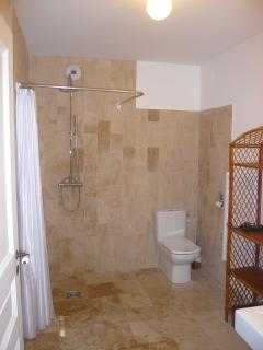 Beautiful Gite with Internet Access and Dishwasher - Arnas vacation rentals