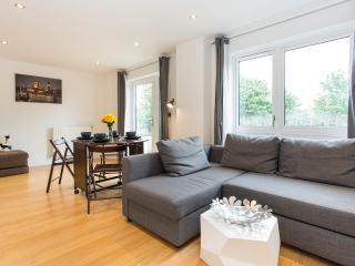 Superior 1BR Apartment in Greenwich - London vacation rentals