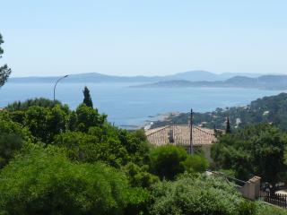 Appt 80m2 + gd terrasse 40m2 plein sud - Les Issambres vacation rentals