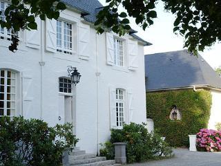 Manor House Apartment - Clos Mirabel Estate - Jurancon vacation rentals