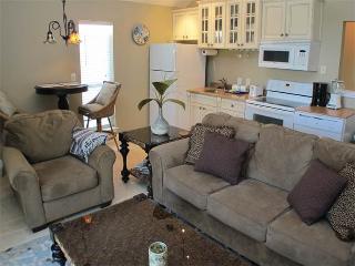 Nantucket Rainbow Cottages 06A - Destin vacation rentals