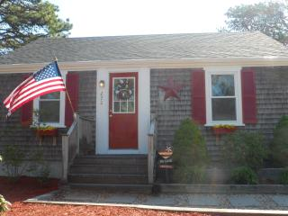 Beautiful 3 bedroom House in Dennis Port with Internet Access - Dennis Port vacation rentals