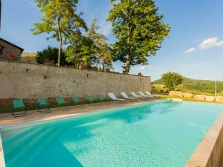 Apartment in ancient umbrian palace - Scala - Cenerente vacation rentals