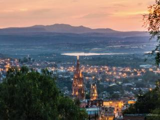 AMAZING views, 10minCentro, Beautiful Cozy House - San Miguel de Allende vacation rentals