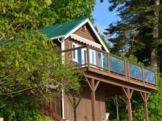 Mill Bay Shores Bed and Breakfast - Mill Bay vacation rentals