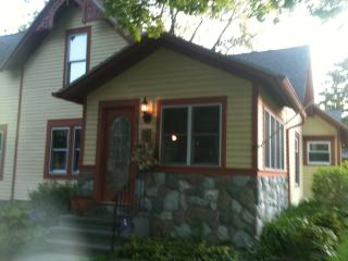 Halfway HOME - South Haven vacation rentals