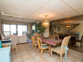 Families OR individuals >25 Sugar Bch Thomas 4/3 - Panama City Beach vacation rentals