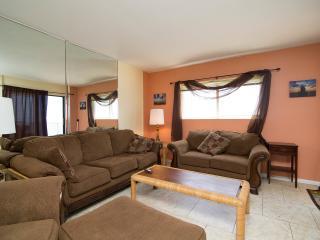 3 bedroom Condo with Internet Access in Panama City Beach - Panama City Beach vacation rentals