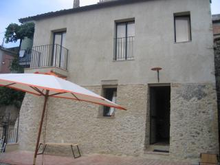 Bright 2 bedroom House in Santa Severina with Washing Machine - Santa Severina vacation rentals