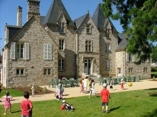 Spacious Gite with Dishwasher and Central Heating - Saint Denis de Gastines vacation rentals
