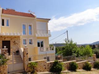 Cosy apartment(Sea,Athens Airport) - Rafina vacation rentals
