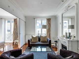 Wonderful Vacation Rental at Rennes in Saint Germain - Paris vacation rentals