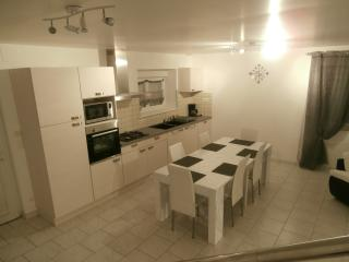 Nice Gite with Internet Access and Dishwasher - Doulcon vacation rentals