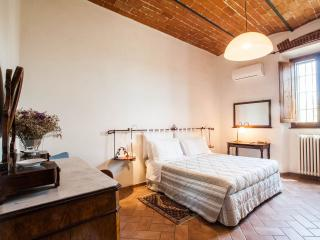 Apartment Close to Florence Center with Wifi and 2 Bikes - Florence vacation rentals