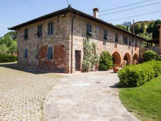 2 bedroom Apartment with Parking in Montelupo Fiorentino - Montelupo Fiorentino vacation rentals